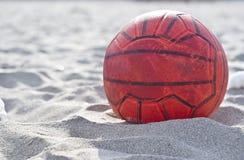 футбол померанца шарика Стоковое Изображение