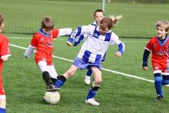 футбол спички малышей Стоковая Фотография RF