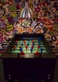 Футбол таблицы в игровой комнате стоковая фотография rf
