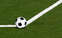 футбол шарика угловойой Стоковая Фотография