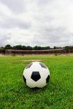 футбол горящего стекла шарика aqua Стоковое Фото