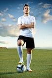 Футболист с шариком, outdoors Стоковые Фотографии RF