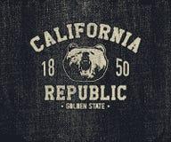 Футболка Калифорнии с головой гризли Стоковые Изображения