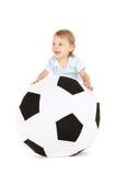 футбол мальчика шарика младенца Стоковая Фотография RF