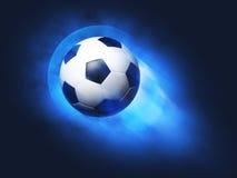 футбол неба летания шарика предпосылки голубой Стоковые Фото