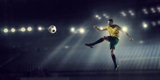 Футбол препровождает игрока Стоковая Фотография RF