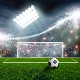 футбол шарика зеленый стоковая фотография