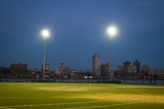 Футбольное поле на ноче, Нью-Йорк Стоковые Фото