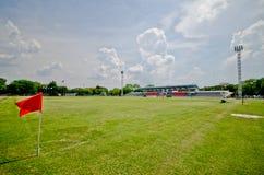 Футбольное поле на стадионе Таиланде lopburi Стоковые Фотографии RF