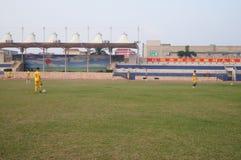 Футбольное поле на школе Стоковое Изображение