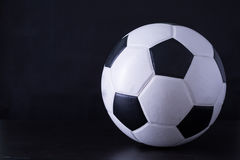 Футбол для спорта игрока Стоковое Изображение RF