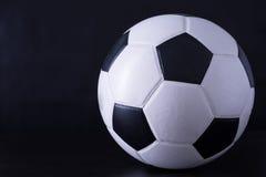 Футбол для спорта игрока Стоковое фото RF