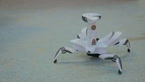 Футуристические танцы паука робота Стоковые Изображения