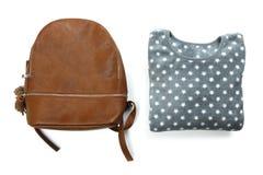 Фуфайка и коричневый рюкзак i Стоковая Фотография