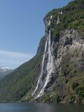 Фьорд Норвегия Geiranger водопада Стоковые Изображения