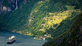 Фьорд Geiranger, красивая природа Норвегия Стоковые Фотографии RF