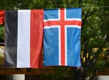 Флаги Йемена и Исландии Стоковая Фотография