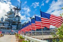 Флаги мемориала военного корабля Миссури Стоковое фото RF