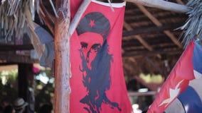Флаги Chegevara и кубинца сток-видео