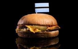 Флаг Ботсваны na górze гамбургера изолированного на черноте Стоковые Изображения