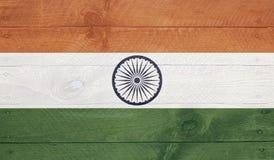Флаг Индии на деревянных досках с ногтями Стоковое Изображение RF