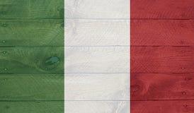 Флаг Италии на деревянных досках с ногтями Стоковое Изображение RF