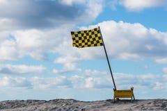 Флаг личной охраны на пляже на Сан-Диего Стоковая Фотография RF