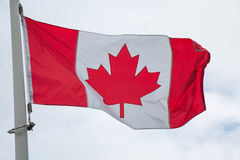Флаг Канады облачного неба Стоковая Фотография RF