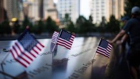 Флаг США в мемориале 911 Стоковые Фотографии RF