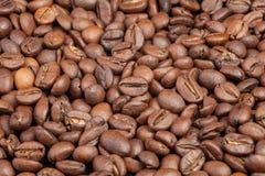 флейворы кофе циннамона фасолей абстрактный коричневый цвет предпосылки выравнивает изображение Стоковое фото RF