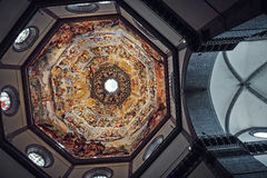Флоренс, Италия - 19-ое мая 2014: Отображайте показывающ затейливую деталь внутренности купола собора Флоренса Стоковые Фотографии RF