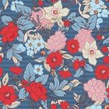 Флористическая безшовная картина, предпосылка с винтажным стилем цветет Стоковая Фотография RF