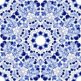 флористическая картина безшовная Голубой орнамент ягод и цветков в стиле китайской росписи на фарфоре Стоковые Фотографии RF