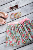 Флористический комплект юбки и браслета Стоковое Изображение