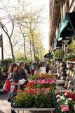 Флористический магазин - Париж стоковые изображения rf