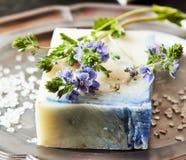 Флористическое Handmade мыло стоковое фото
