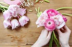 Флорист на работе Стоковая Фотография RF