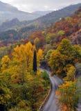 Хайвей в горах стоковое изображение