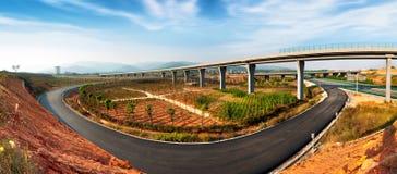 Хайвей и viaduct стоковая фотография rf