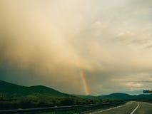 хайвей над радугой стоковые фото