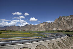 хайвей lhasa ближайше Стоковое Фото