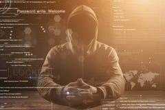 Хакер на работе Стоковая Фотография RF