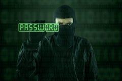 Хакер принимая пароль от современного интерфейса 1 Стоковое Изображение RF