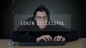 Хакер управляет к имени пользователя на центров обработки информации акции видеоматериалы