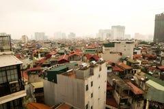 Ханой, Вьетнам - 2-ое апреля 2019 Вид с воздуха городского пейзажа Ханоя на времени захода солнца стоковые фото