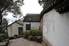 Характеристики сада Сучжоу, круглые квадратные окна стоковые фотографии rf