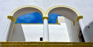 Характерное gallipoli Италия балконов стоковое фото rf