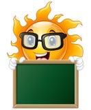 Характер солнца шаржа держа доску Стоковая Фотография