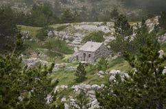 Хата сделанная камней в природном парке Biokovo, Хорватии Стоковые Фото