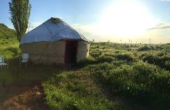Хата Kirgistan стоковые фотографии rf